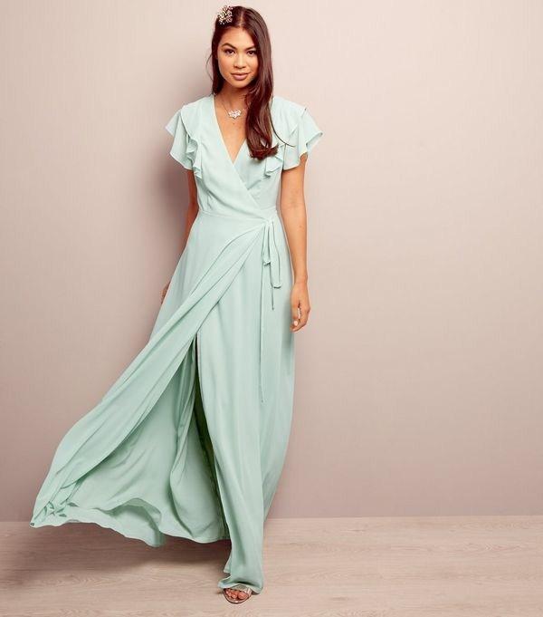 Стильний літній наряд. Сарафани та літні сукні. Фото. 536f810736abb