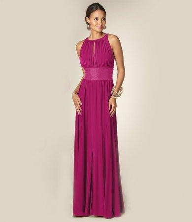 1d4b359e3593 Ας ρίξουμε μια ματιά σε όλα τα στάδια της δημιουργίας ενός βραδινού φόρεμα  και