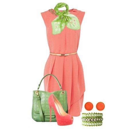Το κοραλλιογενές φόρεμα σε συνδυασμό με τα παπούτσια και μια τσάντα  κόκκινου χρώματος ή φούξια χρώμα ταιριάζει απόλυτα με αυτό το σημαντικό  ρόλο ... d22c524221e