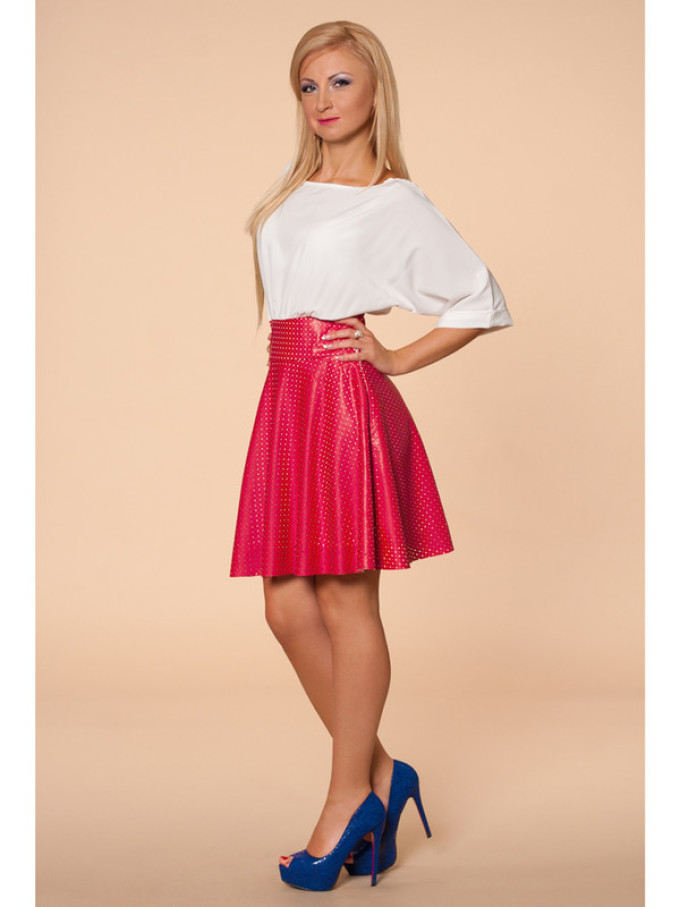Важливо  В коротке плаття з пишною спідницею може одягатися молода дівчина.  Цей «ляльковий» образ зробить її привабливою і неповторною. 70a769e756aa9