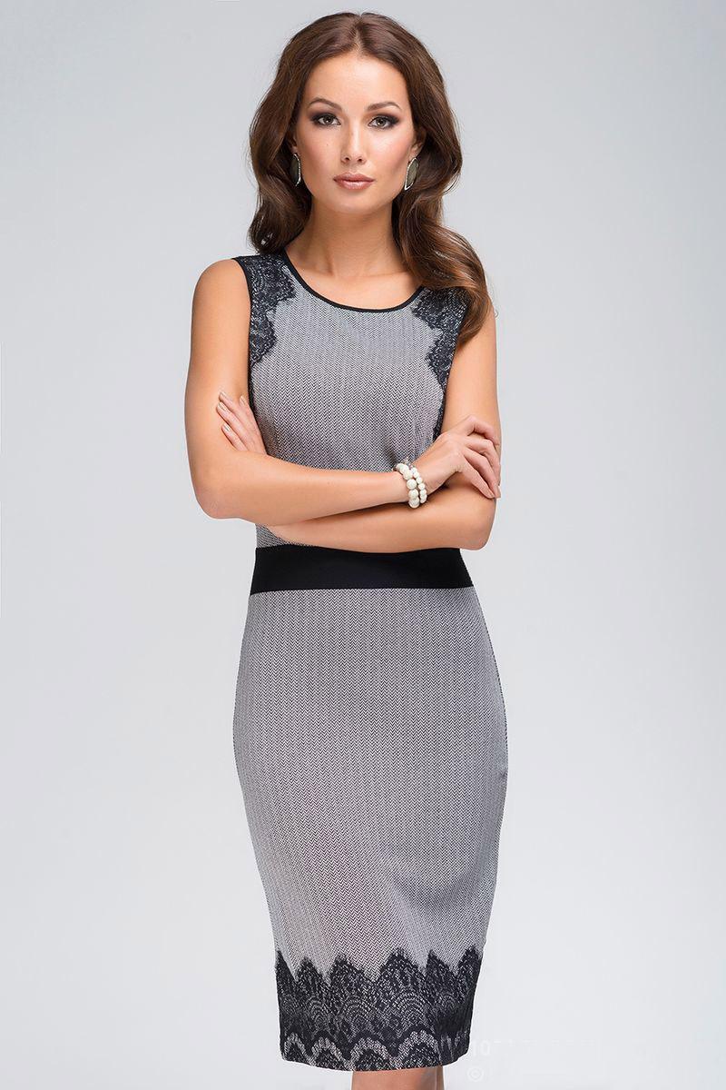 04e36a60cb48 Αυτός είναι ο λόγος για τον οποίο ένα γκρίζο φόρεμα με δαντέλα γίνεται μια  εντελώς αναντικατάστατη στολή για τις διακοπές, μπορείτε να το φορέσετε σε  μια ...
