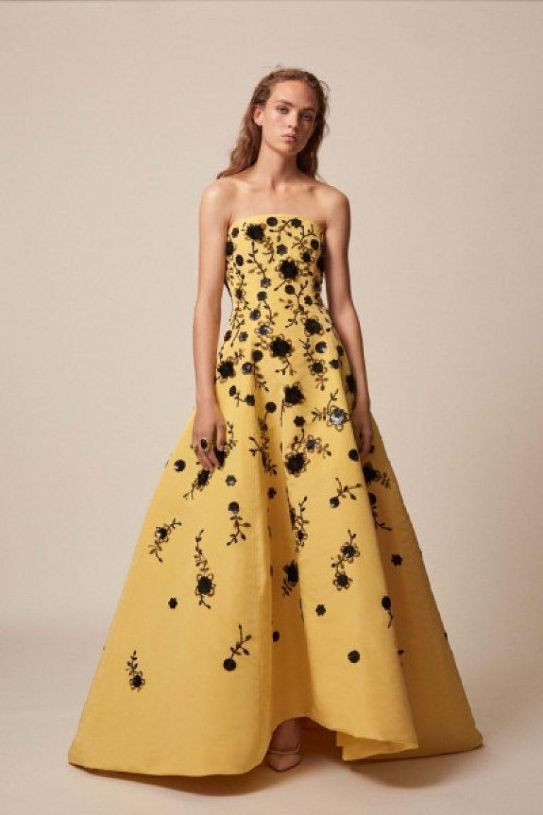 6819c7c8b1bb Ακόμα περισσότερες εικόνες από όμορφα φορέματα με floral εκτύπωση έχουν  προετοιμαστεί για σας