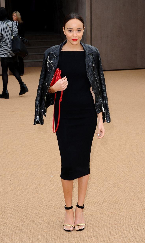 Елегантне чорне плаття підходить абсолютно всім. При правильному виборі  моделі воно буде бездоганно виглядати на дівчині будь-якої комплекції. 50be3118c7e4d