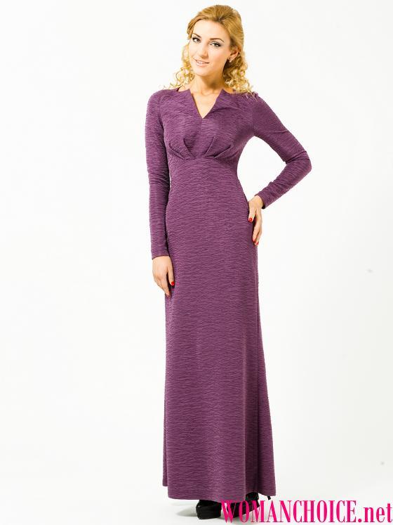 Довгої сукні притаманні і розрізи на Подолі. Вони можуть бути довгими 9d4e672bfeeca
