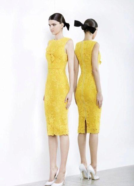 488505ca0b0 Boty na žluté šaty. Žluté večerní šaty  rysy výběru.