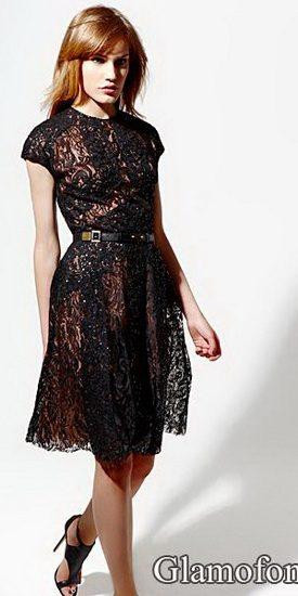 331797ea91ba Φόρεμα με ένα μανίκι στα γόνατα. Αυτό το στυλ μπορεί να χρησιμοποιηθεί για  οποιαδήποτε εποχή  το χειμώνα - μπορεί να είναι πλεκτά και πλεκτά μοντέλα