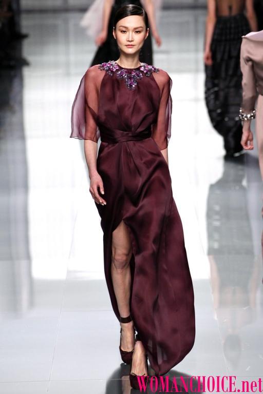 Бордовий колір універсальний і може здивувати багатством відтінків і  подтоном в ньому можлива присутність фіолетового f92507bf0d28b