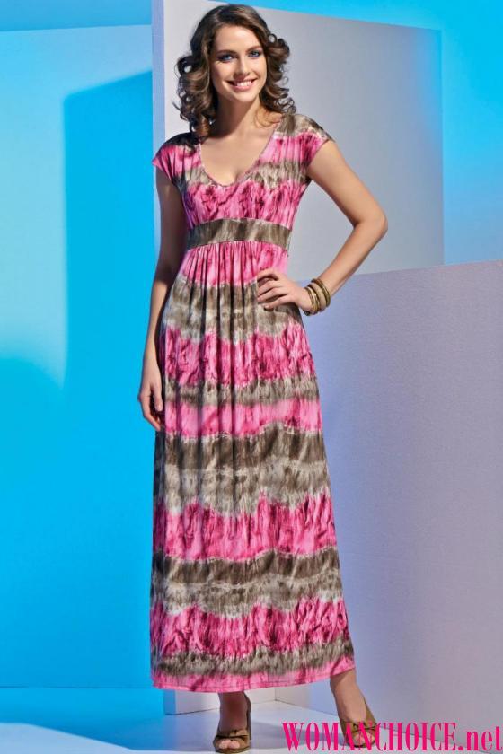 Το φόρεμα μπορεί να έχει διακοσμητικά στοιχεία με τη μορφή ενός τόξου ή  φρυγανιά 556d1e7b4e2