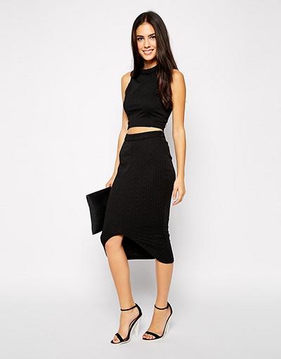 0871e10ba5d0 Μια στενή ριγέ φούστα. Τι να φορέσετε κάτω από τη φούστα μολύβι  συμβουλές  για την ντουλάπα.