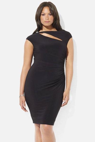 Класична модель сукні- футляр краще всього виглядатиме на пишнотілої  красуні  без рукавів 979aeaa9ece90