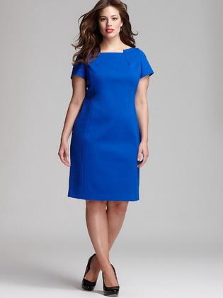 Найкраще класичне плаття для жінок з фігурою «яблуко» - це суворе плаття-футляр.  Як ні парадоксально звучить d846adee03239