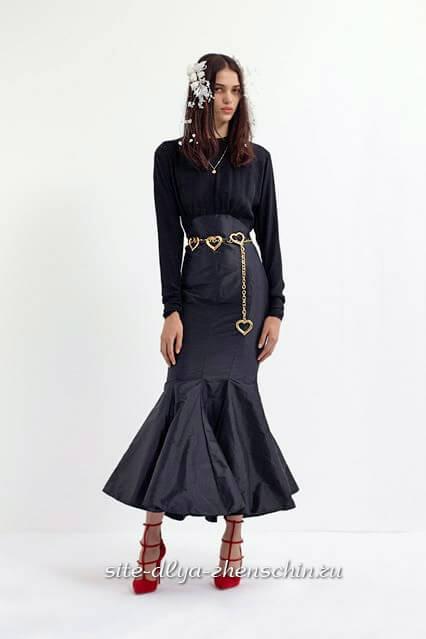 a456652764 A női szépség és vonzerő hangsúlyozása sokféle módon lehetséges, de a női  kép leglátványosabb része a ruha. Ezért nem lehetett egyetlen olyan  világhírű ...